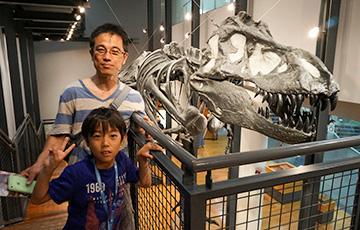 中井様と悠仁君は福井県立恐竜博物館へ。