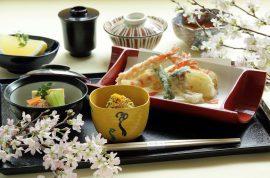 天婦羅処でランチタイム。京の老舗料亭ならではの味わい。
